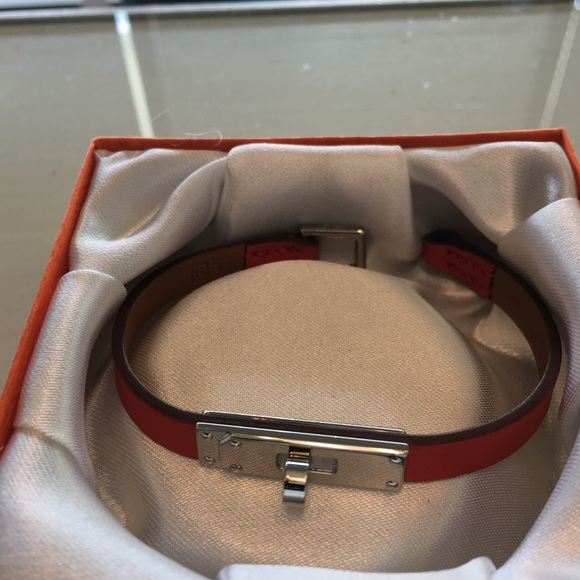Hermes Jewelry - Authentic Hermes micro Kelly bracelet. Size Medium